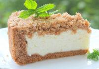 Debešķīga biezpiena kūkas recepte ar smilšu mīklas pamatni