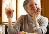 4 dzērieni no kuriem ir vērts atteikties sievietēm pēc 50