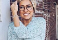 Novecošanu nepaslēpt: 4 lietas, kas norāda uz sievietes patieso vecumu