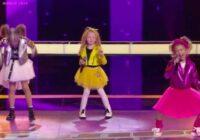 """Bērnu ansambļa dalībnieces vokālajā konkursā """"Balss"""" pārsteidz žūriju un Polīnas Gagarinas izvēle rada histēriju"""