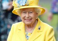 Kā izskatītos mūsu vecmāmiņas, ja viņas apģērbtu, kā Lielbritānijas karalieni (foto pirms un pēc)